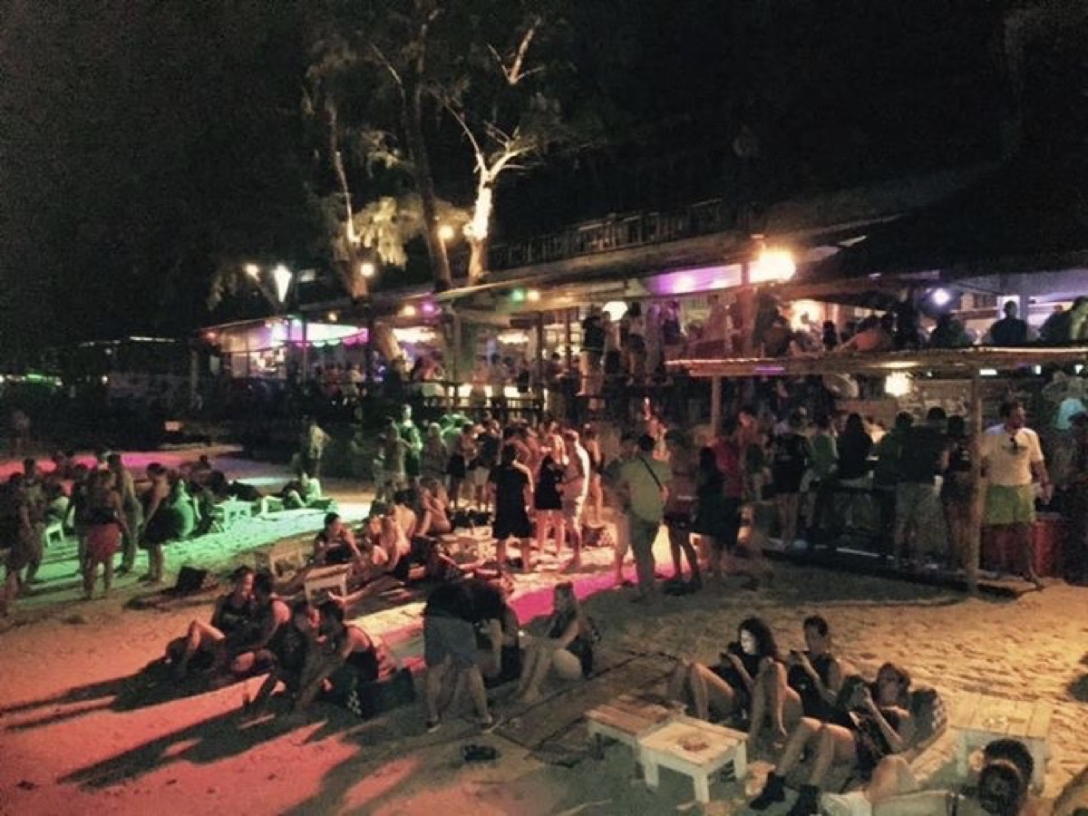 Fishbowl Beach Bar : Surat Thani