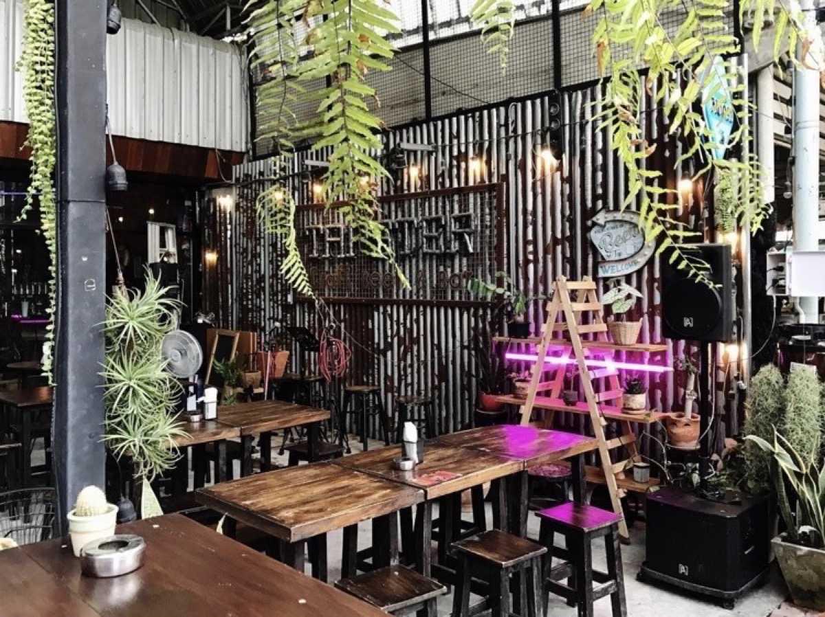 แท็ปส์เตอร์ คร้าฟท์เบียร์ แอนด์ บาร์ (TAPSTER Craft beer & Bar) : ราชบุรี (Ratchaburi)