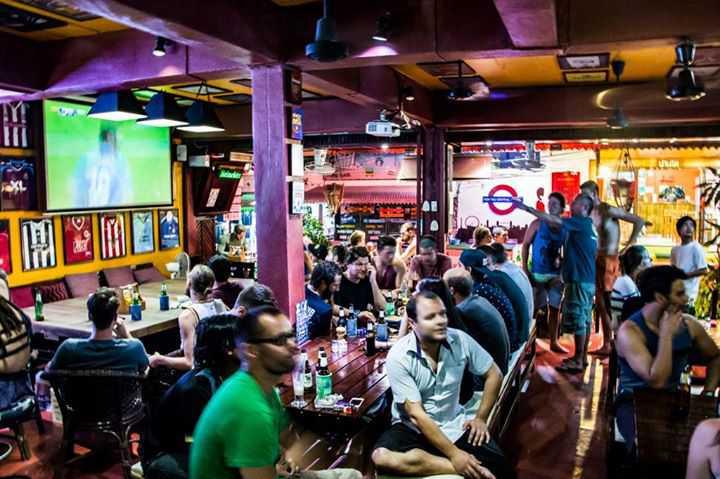 รีฟบาร์ เกาะเต่า (Reef Bar, Koh Tao) : สุราษฎร์ธานี (Surat Thani)