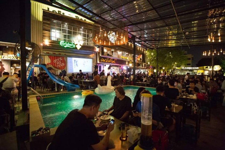 Loft To Bar : Bangkok