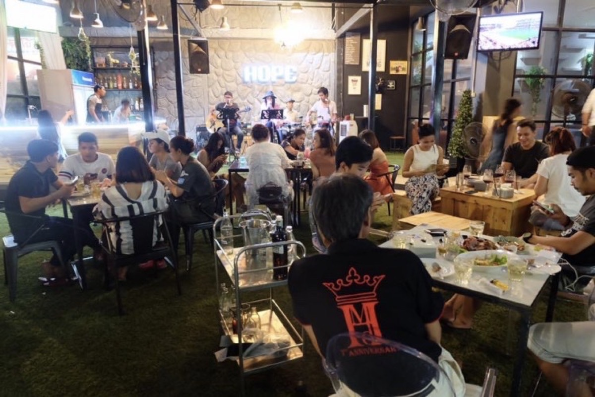 Hope Café and Restaurant : Surat Thani