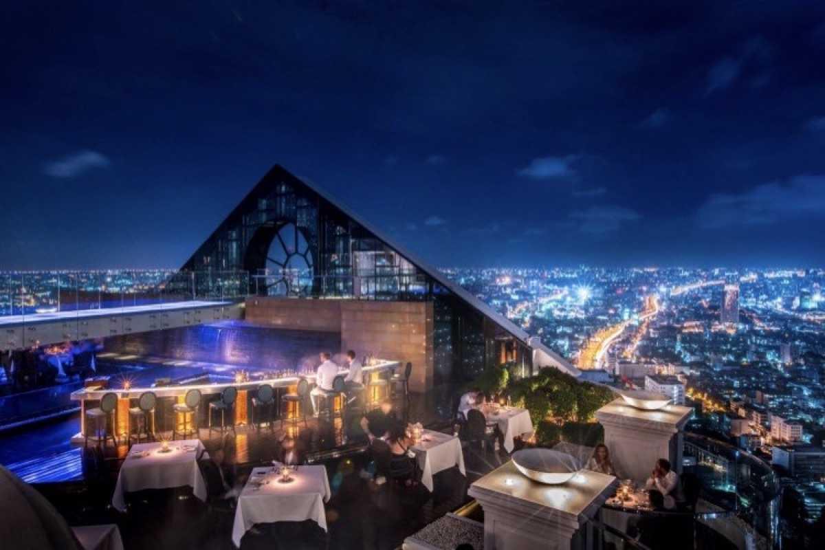 Breeze Restaurant, Tower Club at lebua : Bangkok
