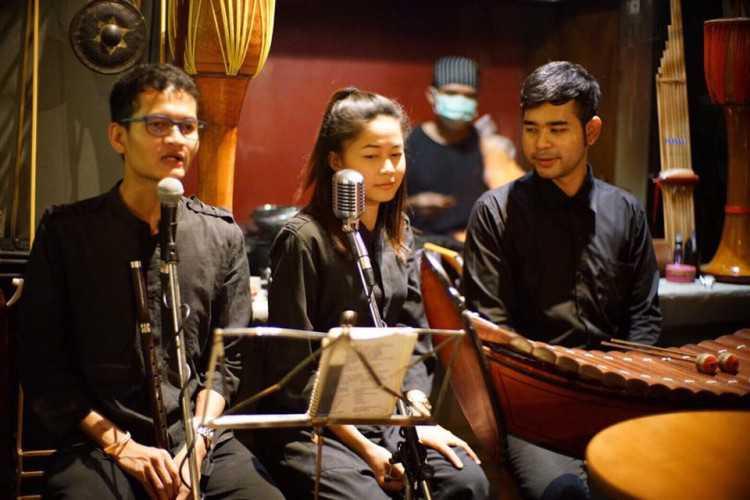 TEP BAR (เทพฯบาร์) : Bangkok (กรุงเทพ)