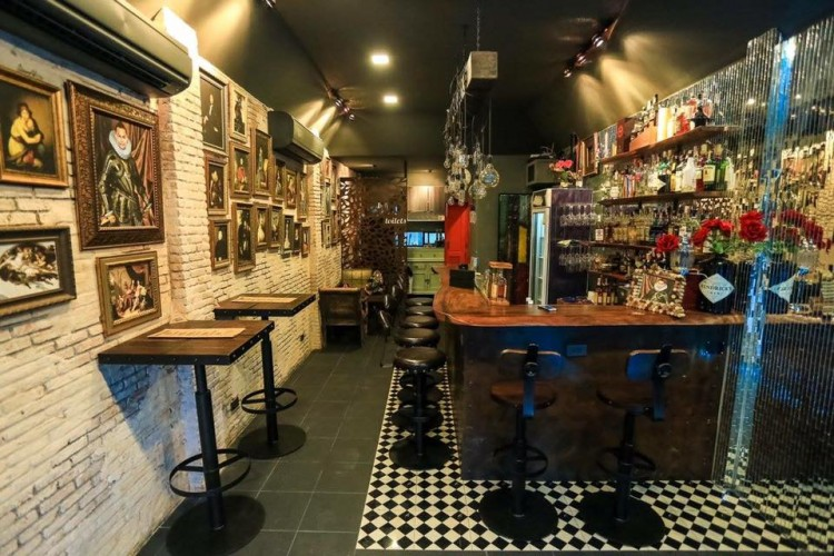 Loosey Goosey Bar + Restaurant : Chiangmai