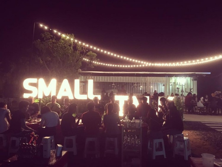 Small talk bar&bistro : Yasothon