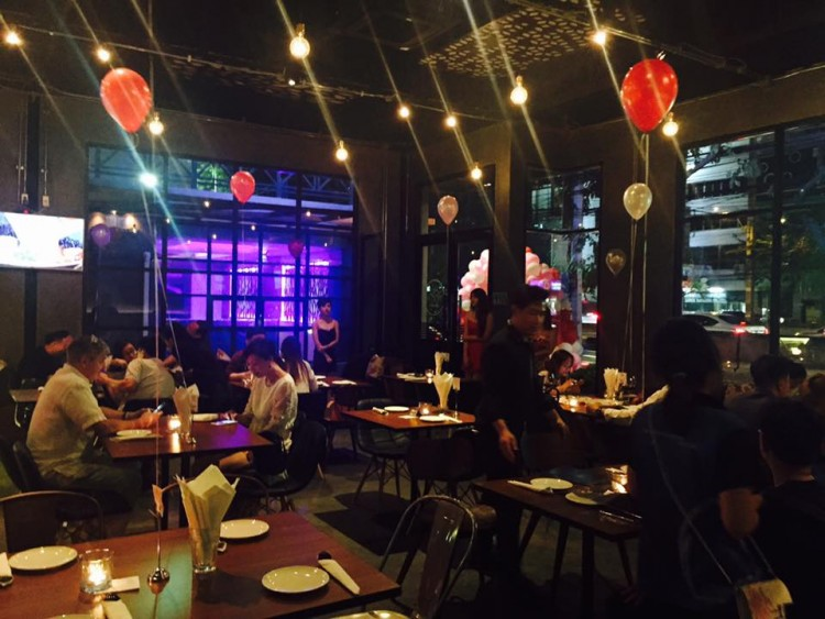 Belong Bar & Bistro : Bangkok