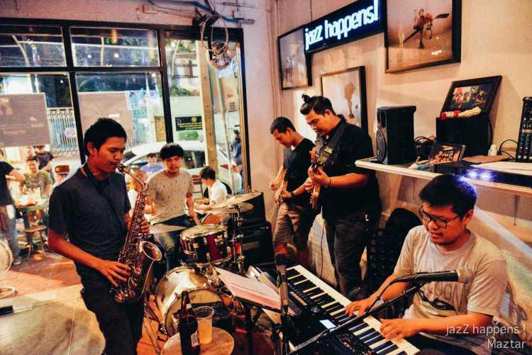 Jazz Happens : Khao San - Ratchadamnoen