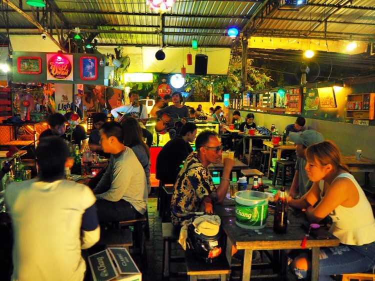Cheeva Cafe : Chiangmai