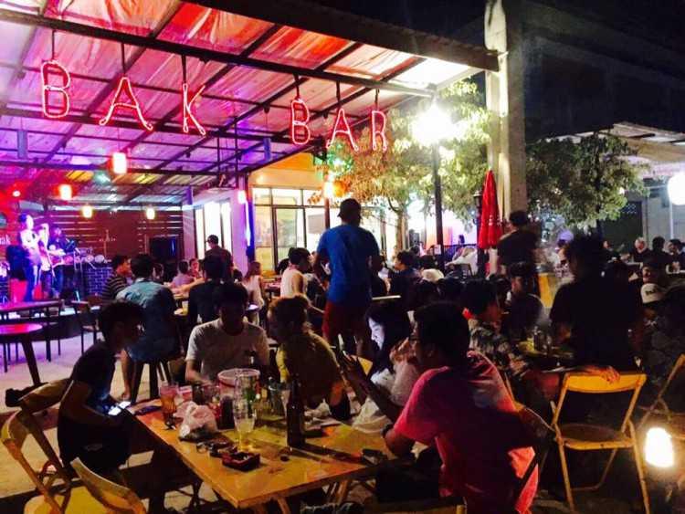 Bak bar bangnak : Phichit