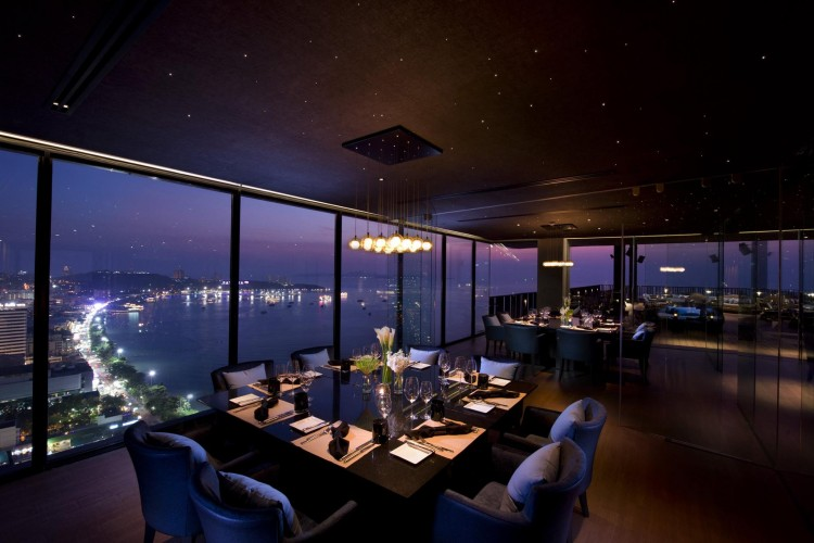 Horizon rooftop restaurant & bar : พัทยา - ชลบุรี - ระยอง