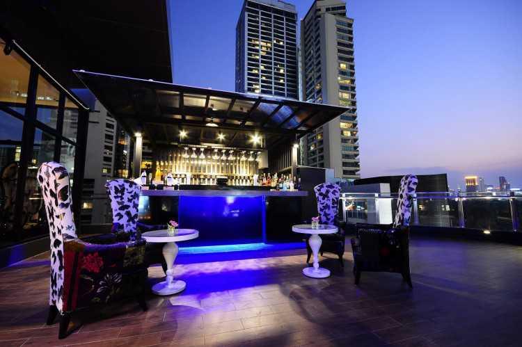 Hotel Clover Asoke : Bangkok