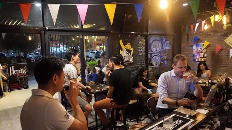 The Six Taps : พัทยา - ชลบุรี - ระยอง