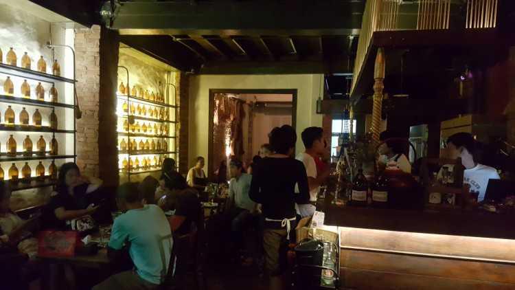 Anna's Phuket Bar & Restaurant : ภูเก็ต