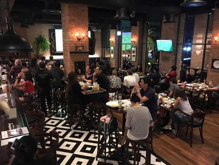 The Londoner Brew Pub : กรุงเทพ