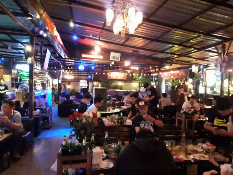 Tbar by Timeclub (ที บาร์ บาย ไทม์คลับ) : Chiangmai (เชียงใหม่)
