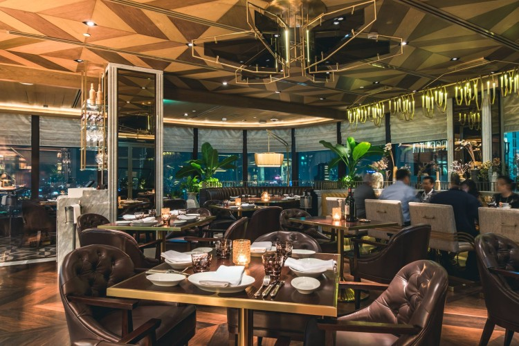 Penthouse Bar + Grill : กรุงเทพ