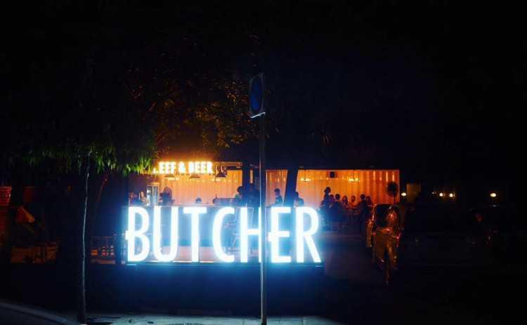 Butcher Beef&beer สาขาอารีย์ : อนุสาวรีย์ - รางน้ำ - อารีย์