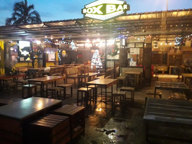 BOX BAR Bar & Bistro : Bangkok
