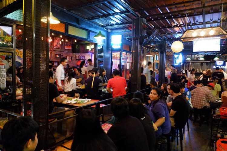 Sri Siam Cafe : Pattaya - Chon Buri - Rayong