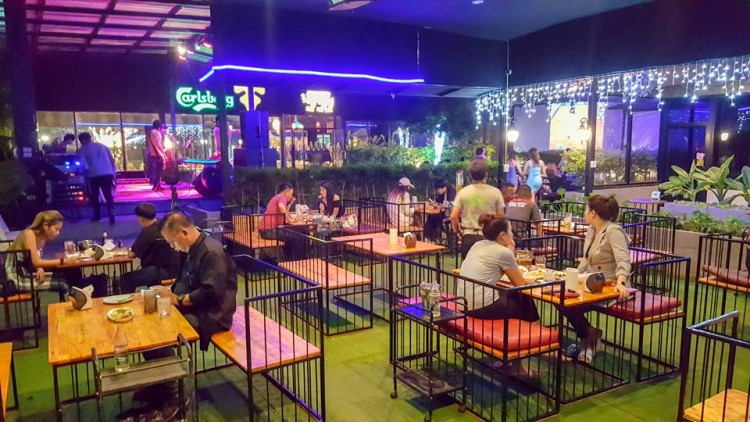 Brew Garden Restaurant & Karaoke : Samut Prakan