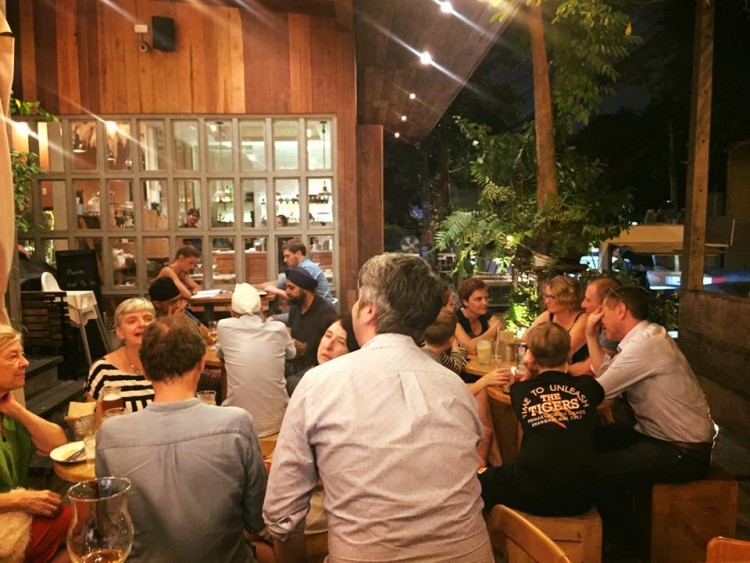 Straydog Craft Beer Bar at Toby's : Bangkok