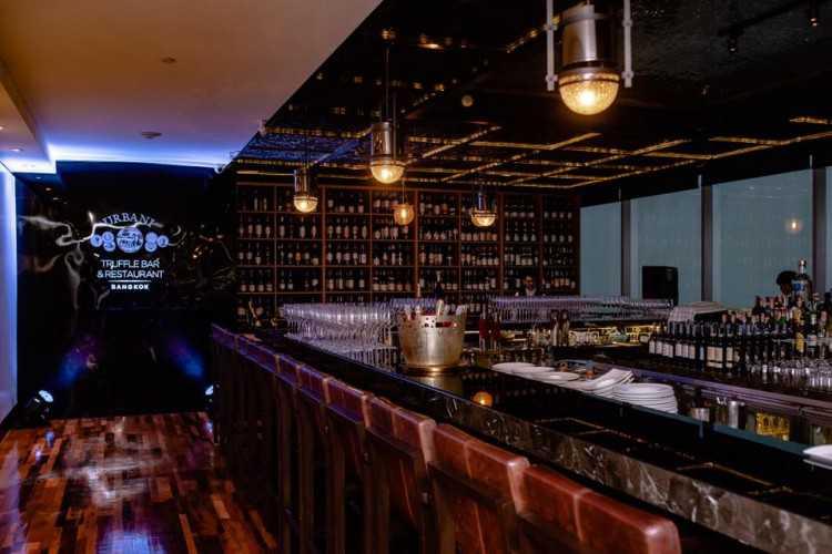 อูบานี่ ทรัฟเฟิล บาร์ แอนด์ เรสเตอรองท์ (Ugolini Truffle Bar & Restaurant Bangkok) : สีลม - สยามสแควร์ - หลังสวน - เพลินจิต (Si Lom - Siam Square - Lang Suan - Phloen Chit)