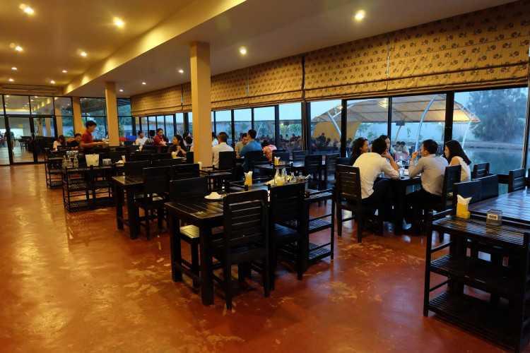 Swan Lake Cuisine ปทุมธานี : แจ้งวัฒนะ - หลักสี่ - รังสิต - ปากเกร็ด - ปทุมธานี