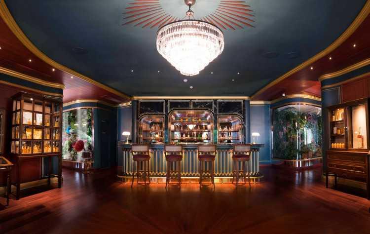 Suriyasai Bar : กรุงเทพ