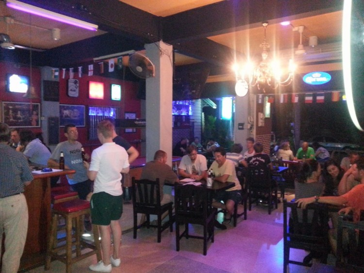 Chilling Bar : Krabi