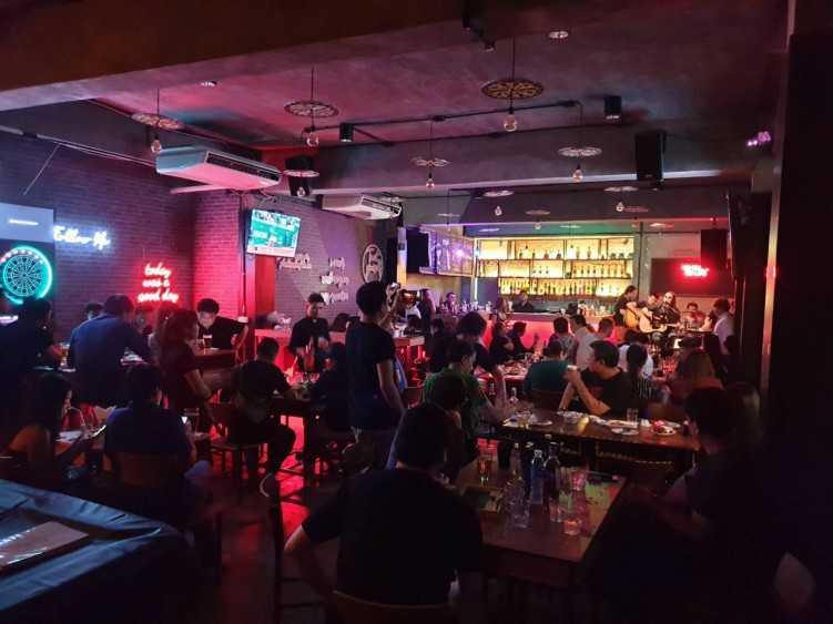 The O'zkool Bar : Sukhumvit - Asok