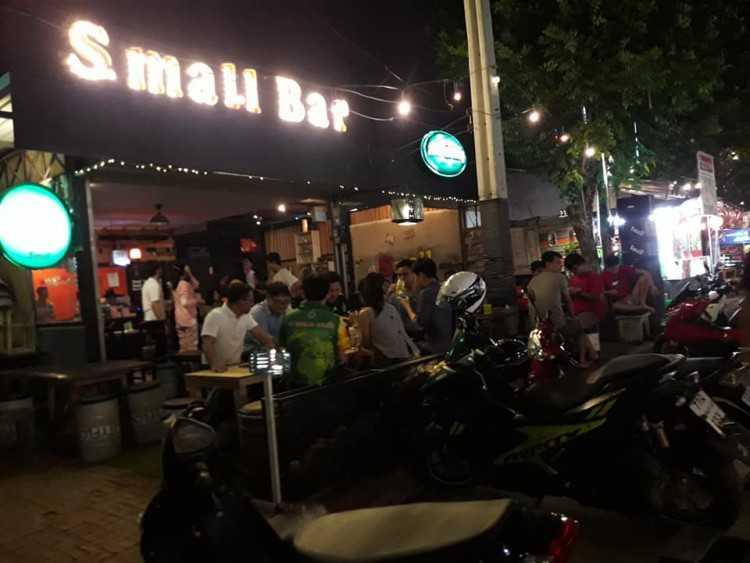 Small Bar : Bangkok