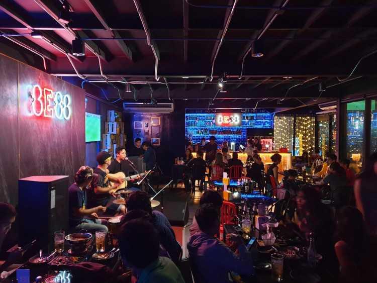 8E88 Bar and Bistro : แจ้งวัฒนะ - หลักสี่ - รังสิต - ปากเกร็ด - ปทุมธานี