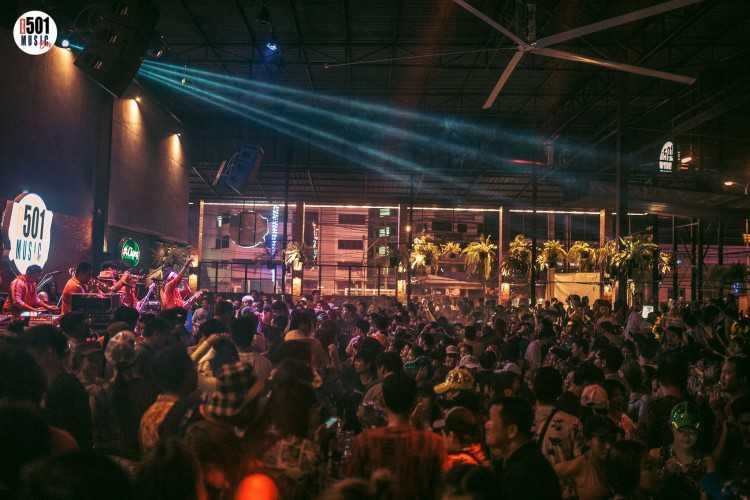 501 Music Bar - อ้อมใหญ่ : นครปฐม