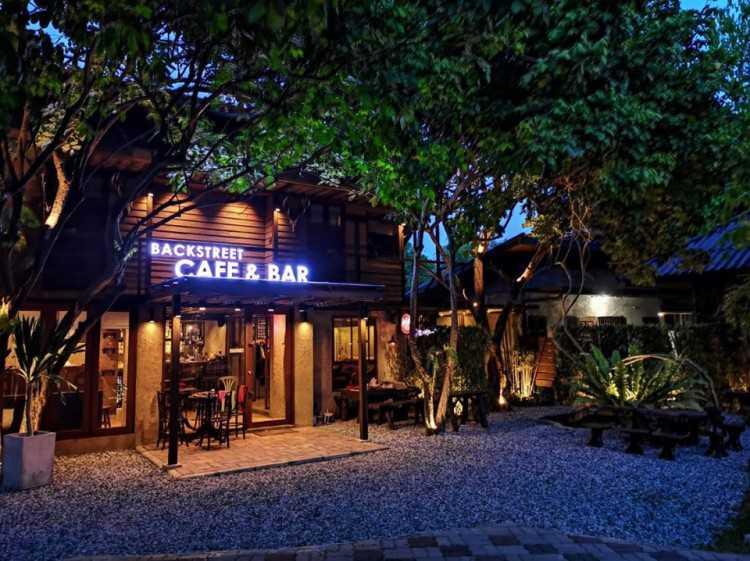 Backstreet House Pattaya : พัทยา - ชลบุรี - ระยอง