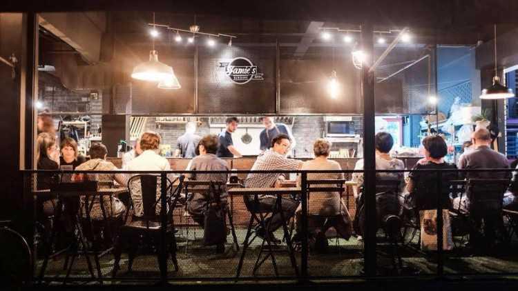 Jamie s Burgers : The โค eating space : กรุงเทพ