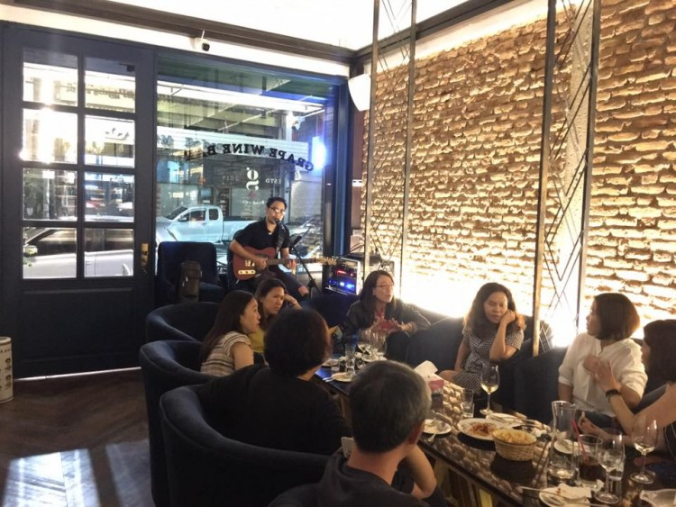 GRAPE WINE BAR : Chiangmai