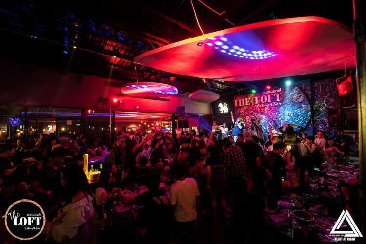 เดอะล็อฟท์ อีทเทอร์รี่ แอนด์ บาร์ (The LOFT Eatery&Bar) : สมุทรสาคร (Samut Sakhon)