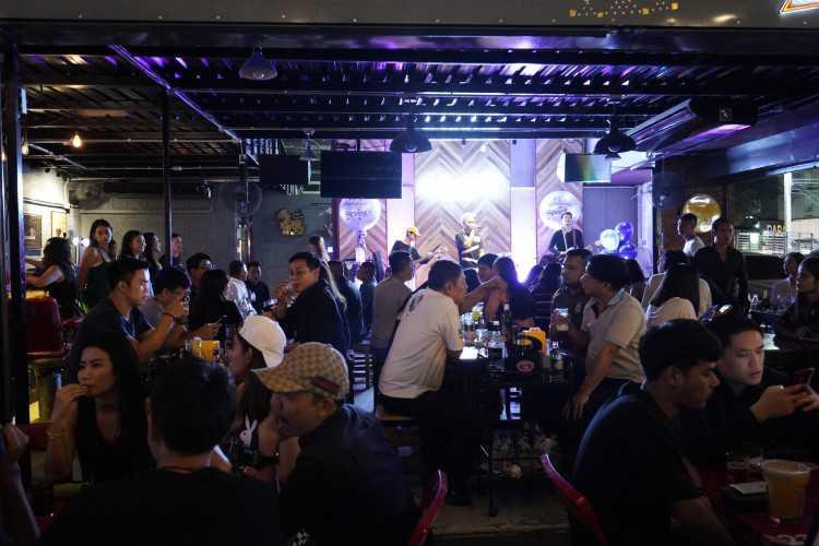Le Moon Bar : Bangkok
