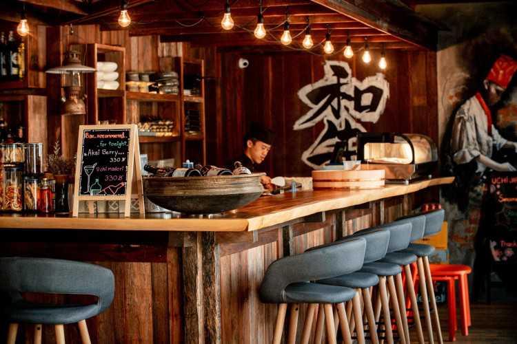 ยูชิ เจแปนนิส เกสโตร บาร์ (Uchi Japanese Gastro Bar) : เชียงใหม่ (Chiangmai)