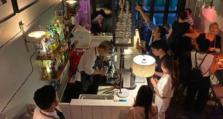 Biscuit Bar & Café : กรุงเทพ