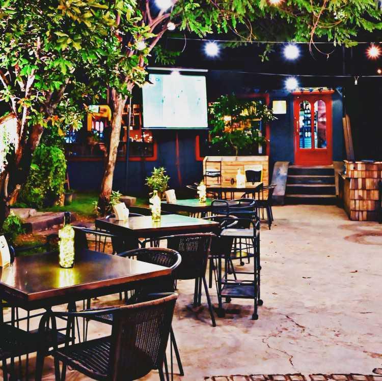 Kafevino Wine Bar & Bistro : เชียงใหม่