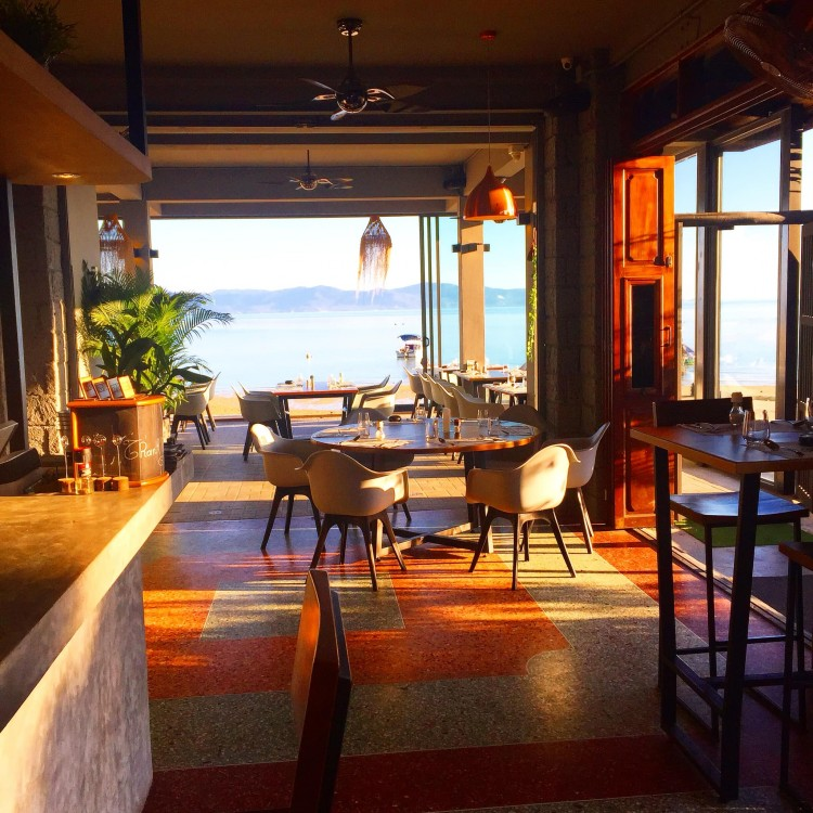 Signature Sea food & Grill (ซิกเนเจอร์ ซีฟู้ด แอนด์ กริลล์) : Surat Thani (สุราษฎร์ธานี)