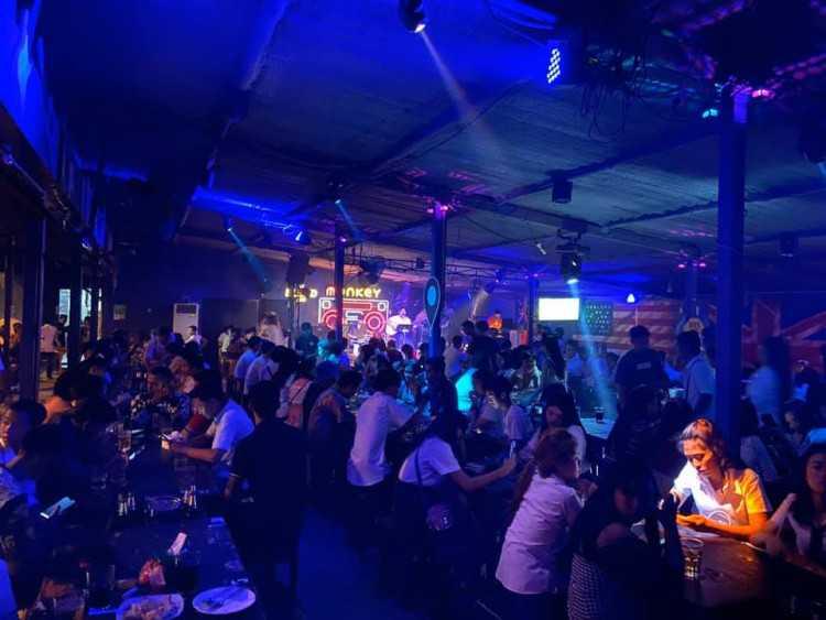 มังกี้ บาร์ : ประชาชื่น - พระราม5 - นนทบุรี