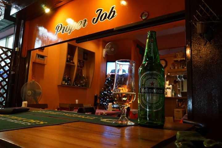 Proper Job Bar & Restaurant (พร็อพเพอร์ จ็อบ บาร์ แอนด์ เรสเตอรองท์) : Bangkok (กรุงเทพ)
