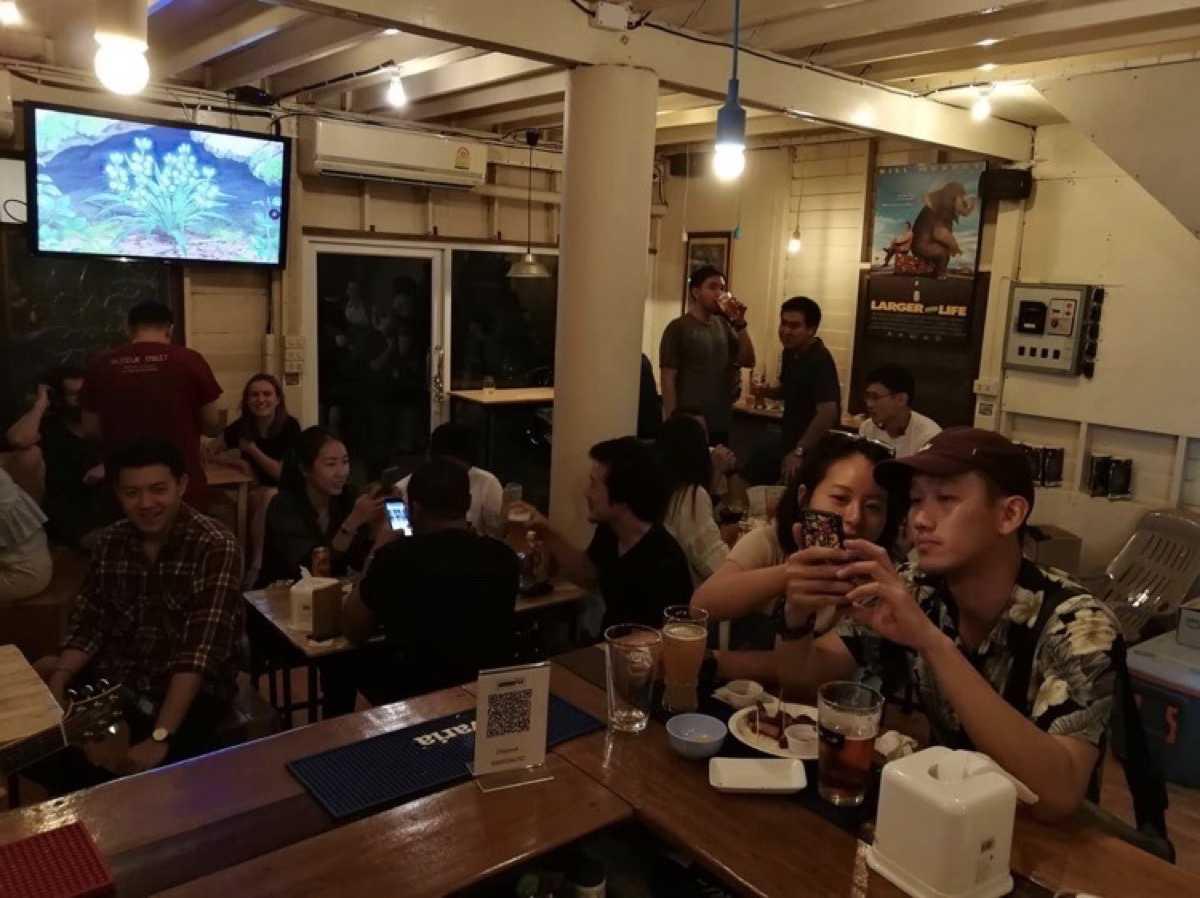 แวร์เฮ้าร์ บาร์ (Warehouse Bar by Jaang Craft Beer) : กรุงเทพ (Bangkok)