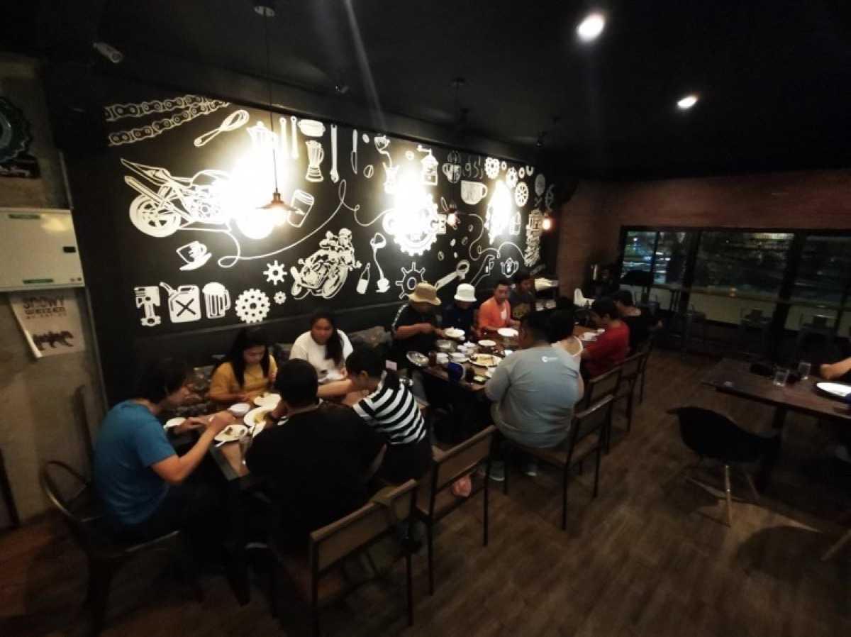 Garage Cafe Chanthaburi : Chanthaburi